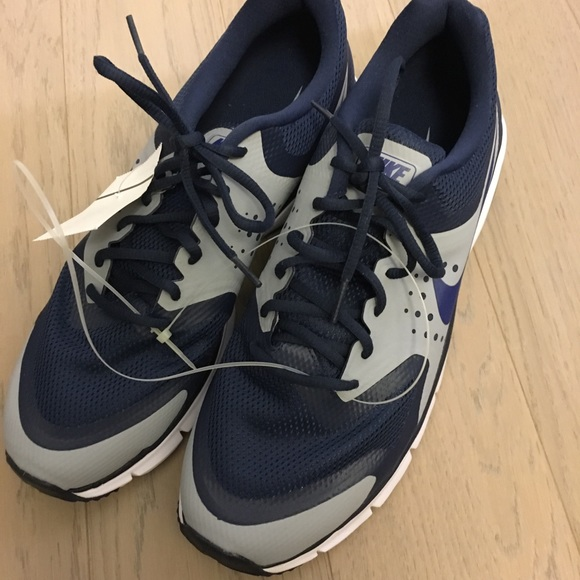 Nike Other - Nike Max Premiere Sneakers
